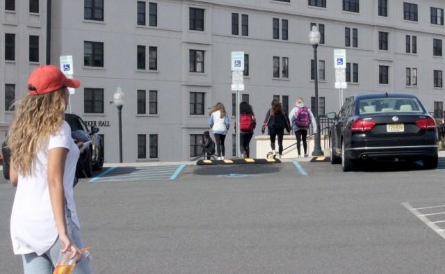 salvaryn_students outside SRC